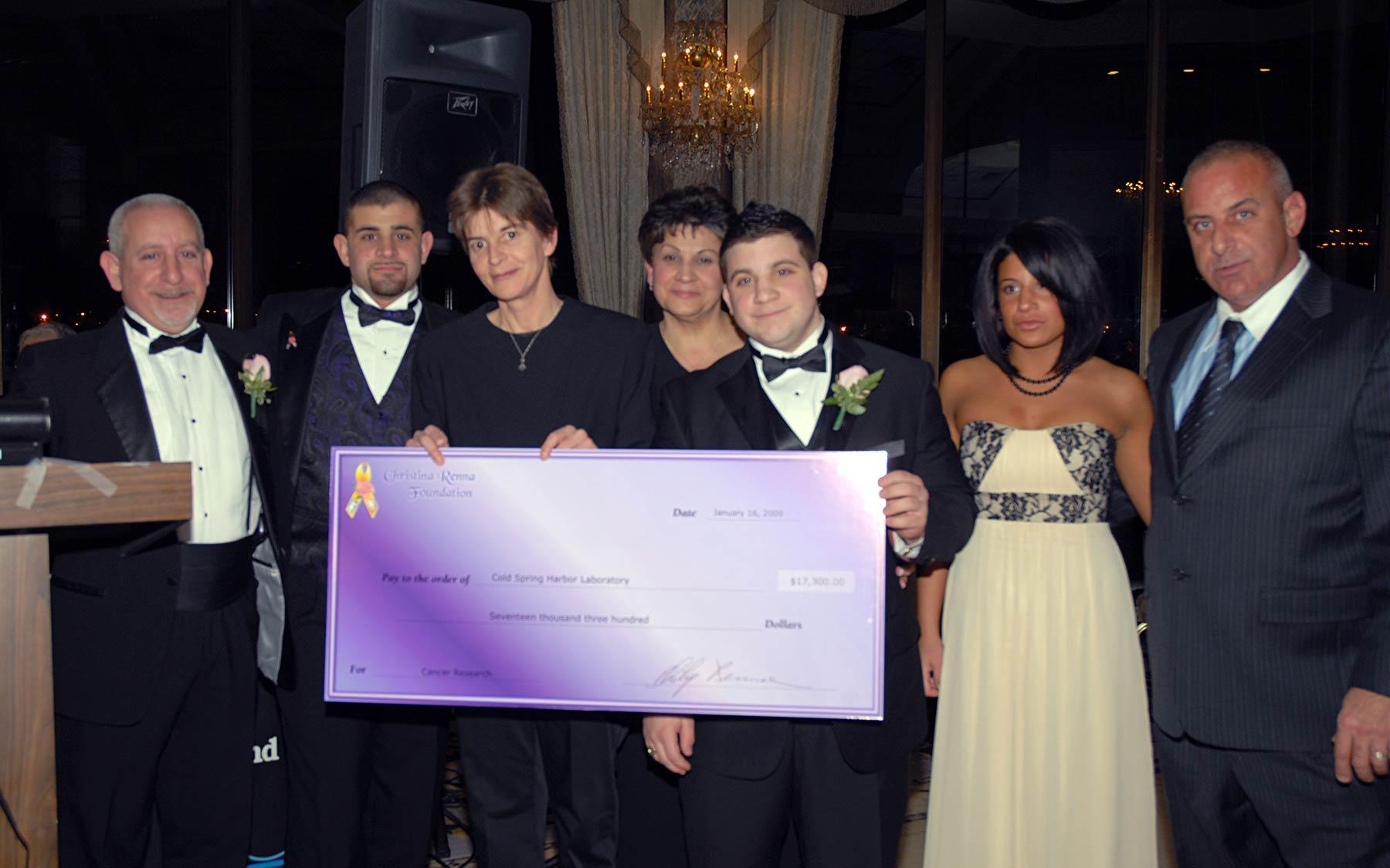 CRF 4 a Cure 2009 check presentation