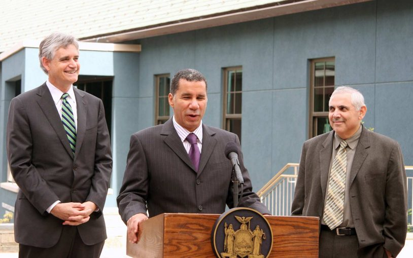 New York's Gov. Paterson renews commitment to stem cell research in visit to Cold Spring Harbor Laboratory