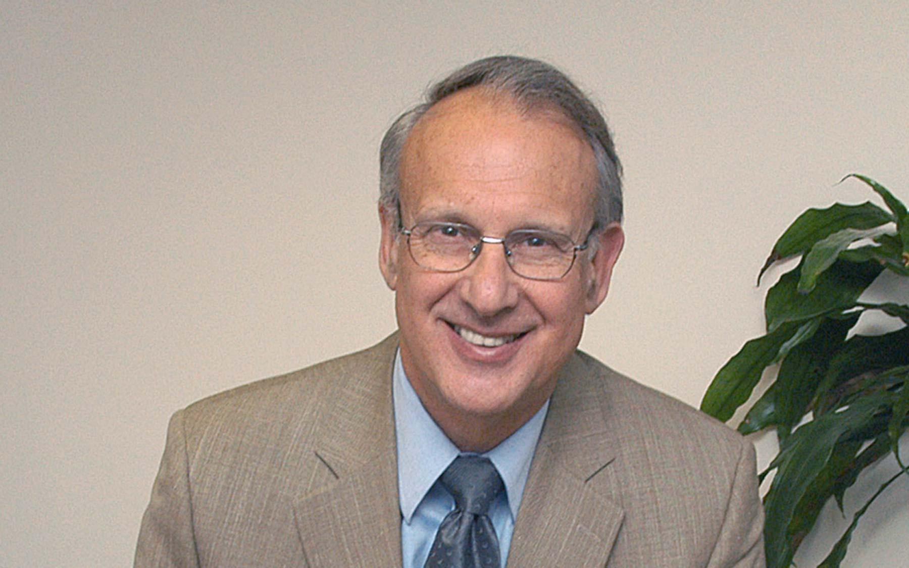 Video: CSHL Professor Fritz Henn discusses the challenge of