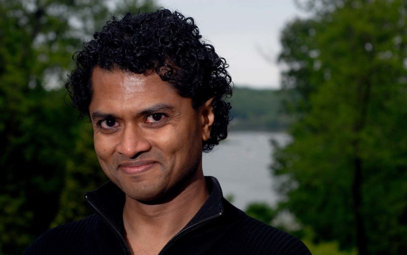 CSHL's Partha Mitra receives two awards for theoretical work with implications for brain circuitry