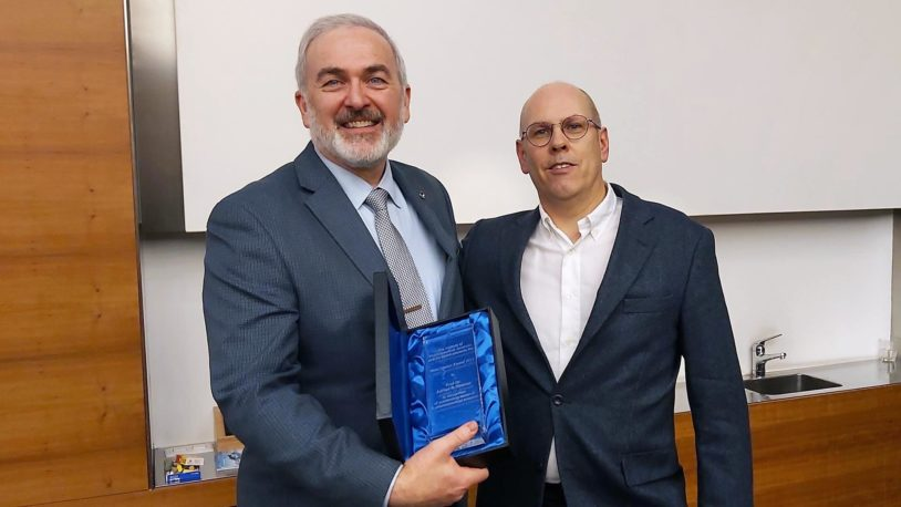 photo of Adrian Krainer and Jonathan Hall with Speiser Award