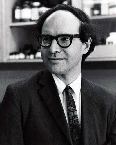 photo of Walter Gilbert - Harvard News Service