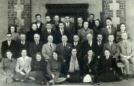 photo of staff and members dept genetics CIW December 1939