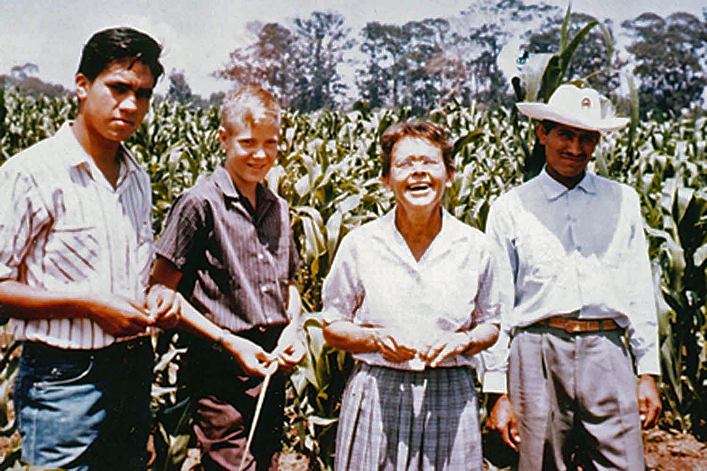 photo of Barbara McClintock in Chapingo Mexico 1959