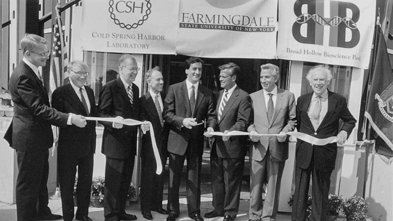 photo of a ribbon cutting ceremony at State University of Farmingdale New York