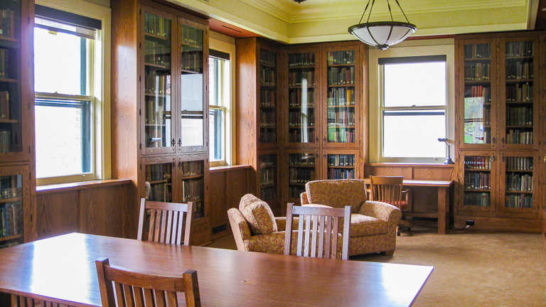 photo of the rare books room in the CSHL library
