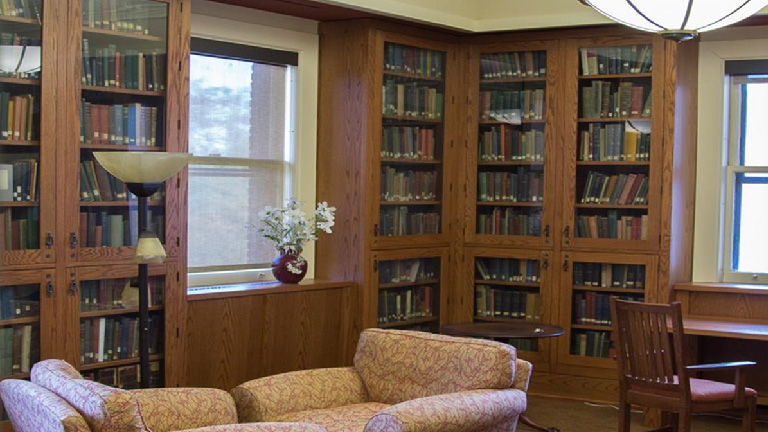 photo of the interior of the rare books room at Cold Spring Harbor Laboratory Library