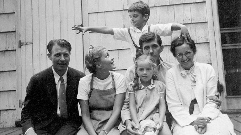 photo of Zwemer family