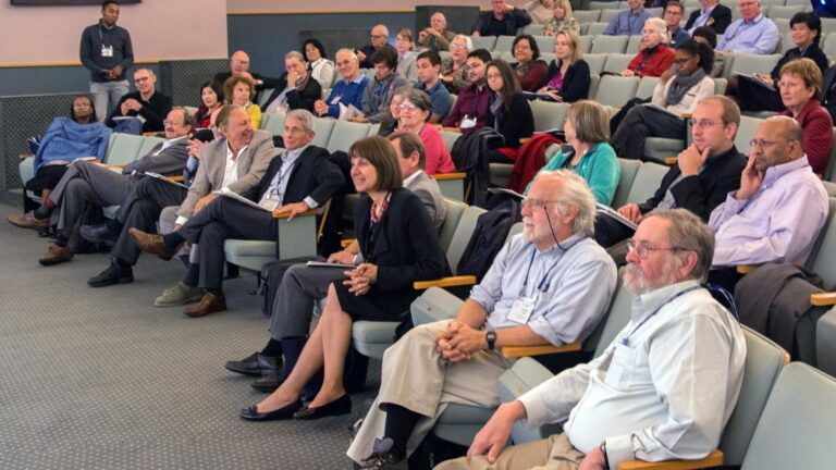photo of participants from the 2016 HIV/AIDS conference at CSHL