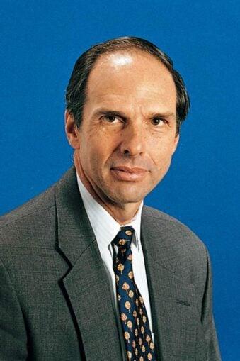 photo of CSHL Honorary Trustee Eduardo Mestre