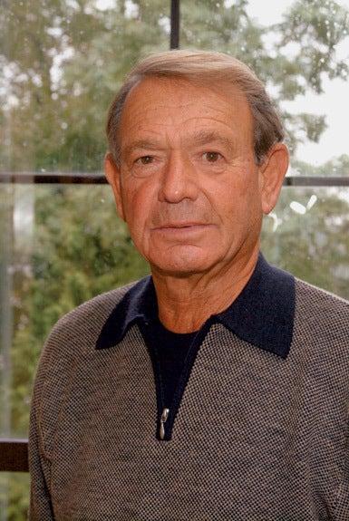 photo of CSHL Honorary Trustee Alan Seligson