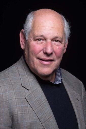 photo of CSHL Trustee Robert Lourie