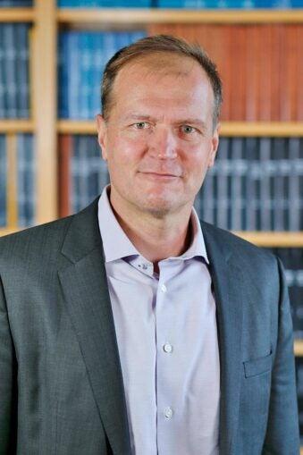 photo of CSHL Trustee Karel Svoboda