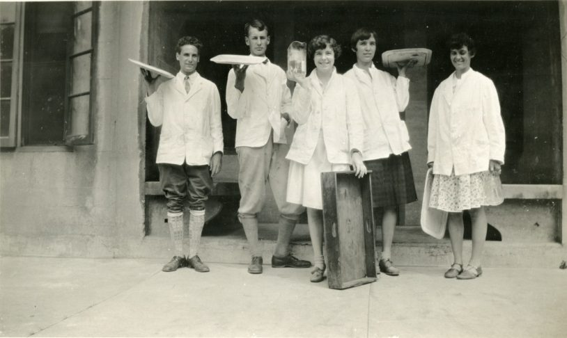 Student Life at the Biological Laboratory in the early 1900s