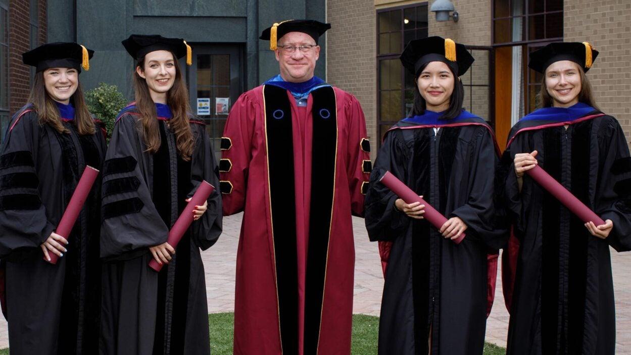 photo of the 2021 SBS graduates