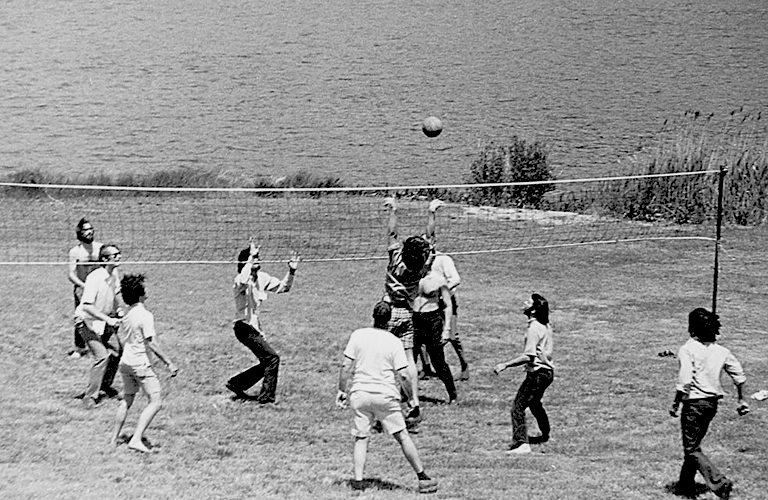 black and white photo of CSHL volleyball participants 1971